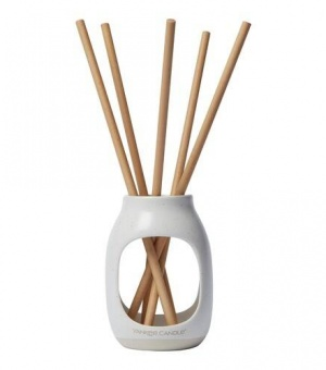 Earthenware - Fluffy Towels™ - Pre-Fragranced Reed Diffuser - The Candle Scentre