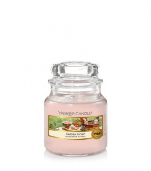 Garden Picnic - Small Jar Candle - The Candle Scentre