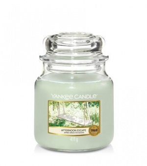 Afternoon Escape- Medium Jar Candle - The Candle Scentre